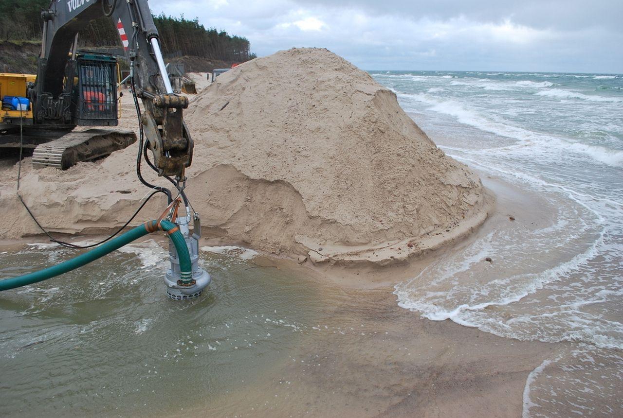 pumping sand